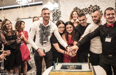 """Младежката организация на съюза на глухите в България чества своя юбилей в хотел """"Маринела"""
