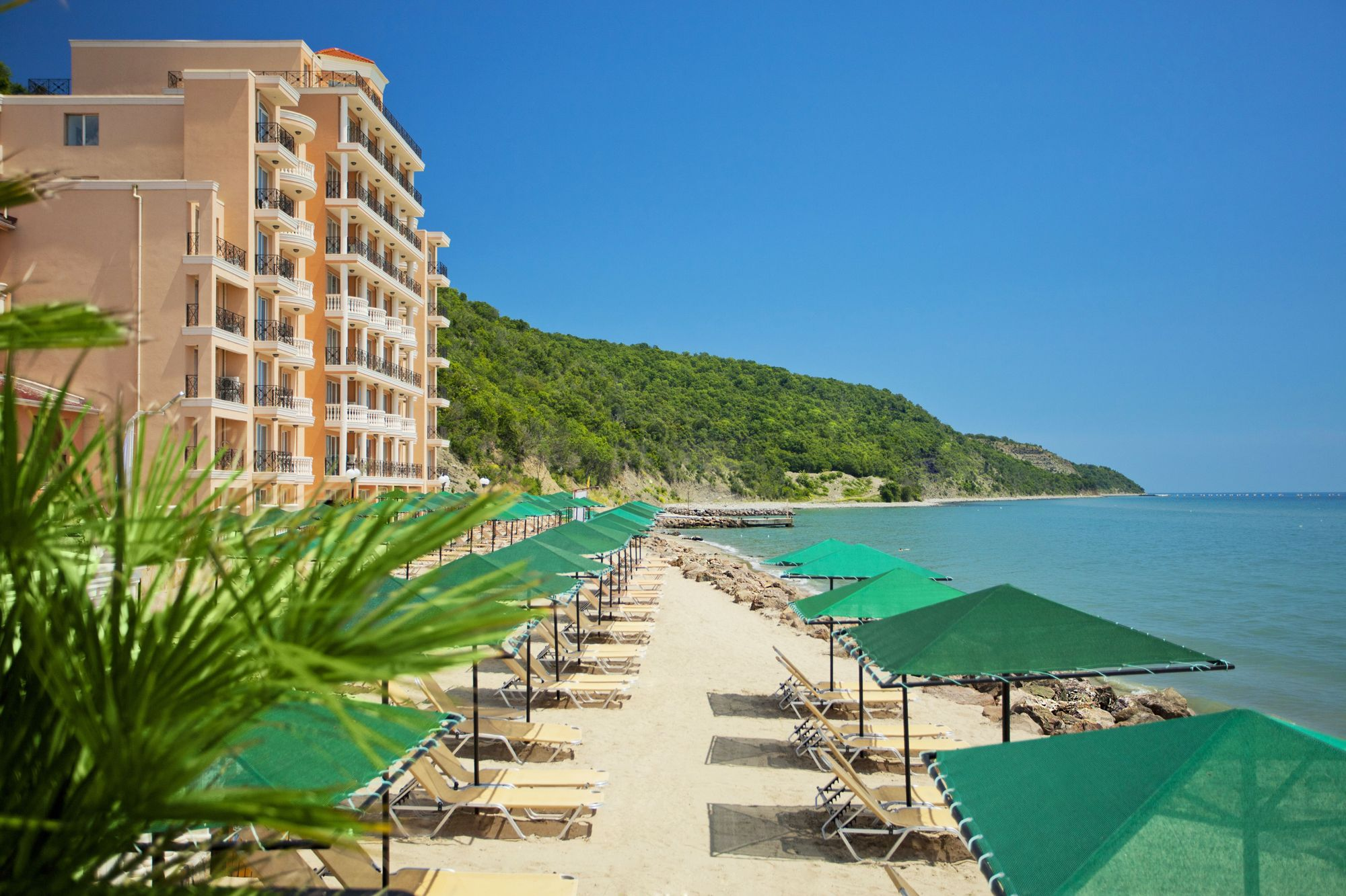 Beach Hotel Royal Bay Elenite