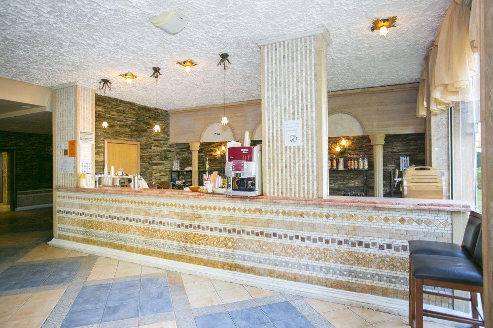 Лоби бар Хотел Андалусия Бийч Елените