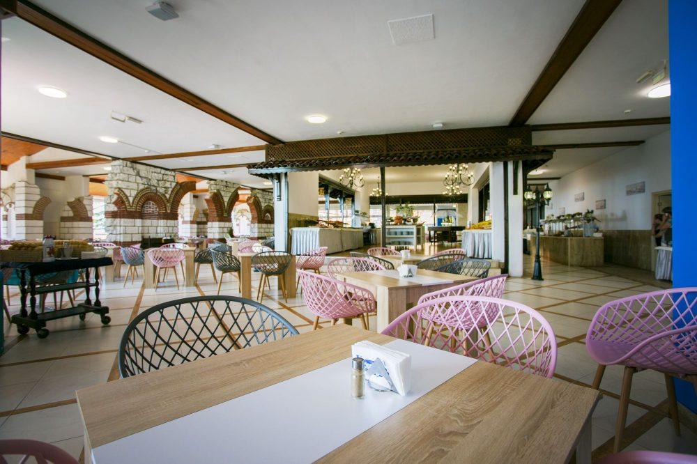 Основен ресторант Вили Елените