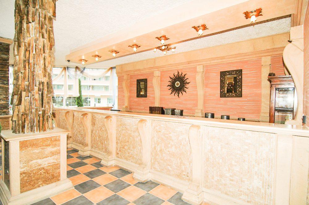 Рецепция хотел Атриум Бийч Елените
