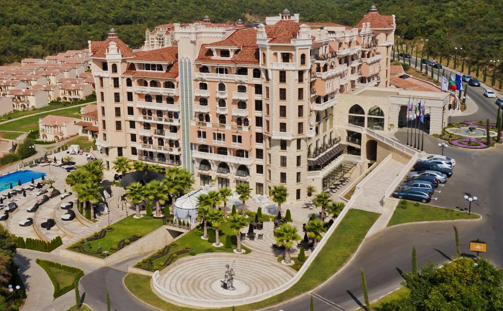 Хотел Роял Касъл Дизайн & СПА